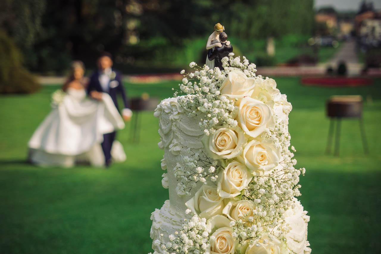 fotografo la torta di matrimonio degli sposi a Milano