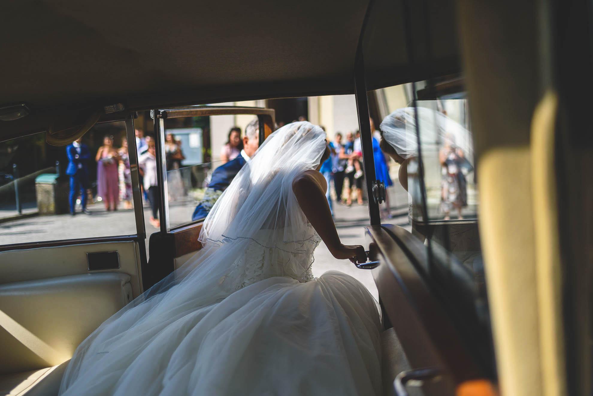 matrimonio al Castello di Pagazzano: Manuela, la sposa arriva in chiesa