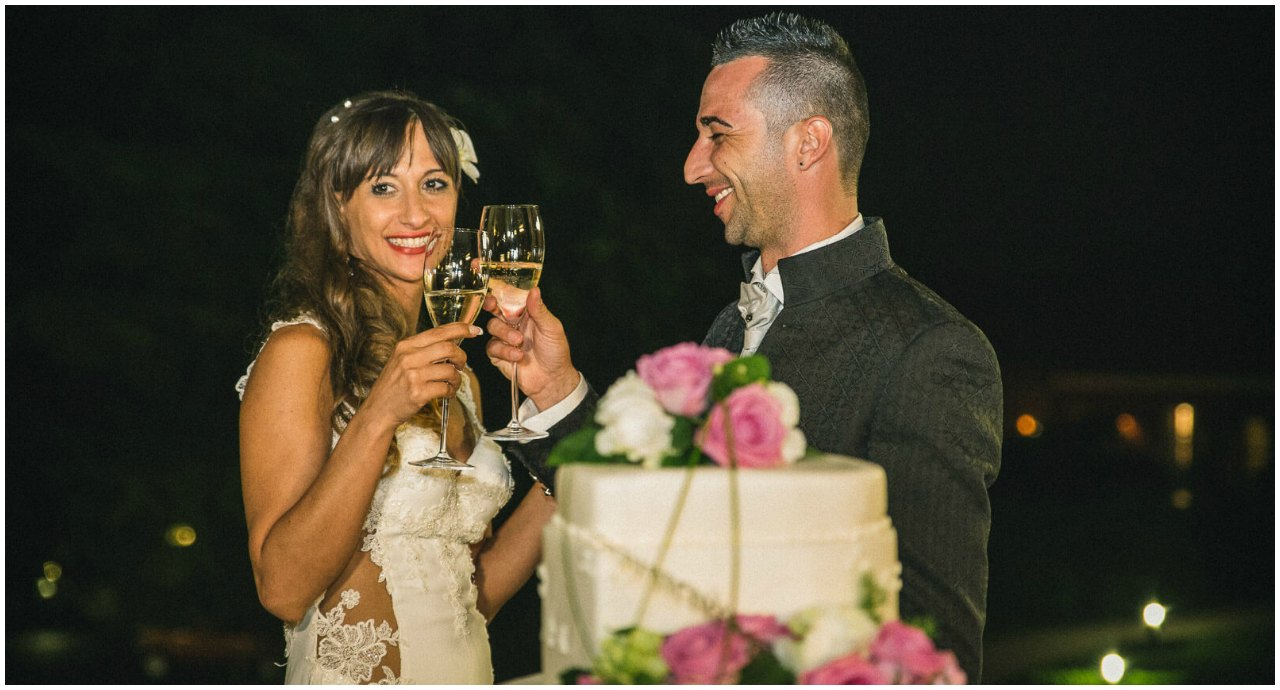 Matrimonio Tenuta Colle Piajo: brindisi e taglio della torta