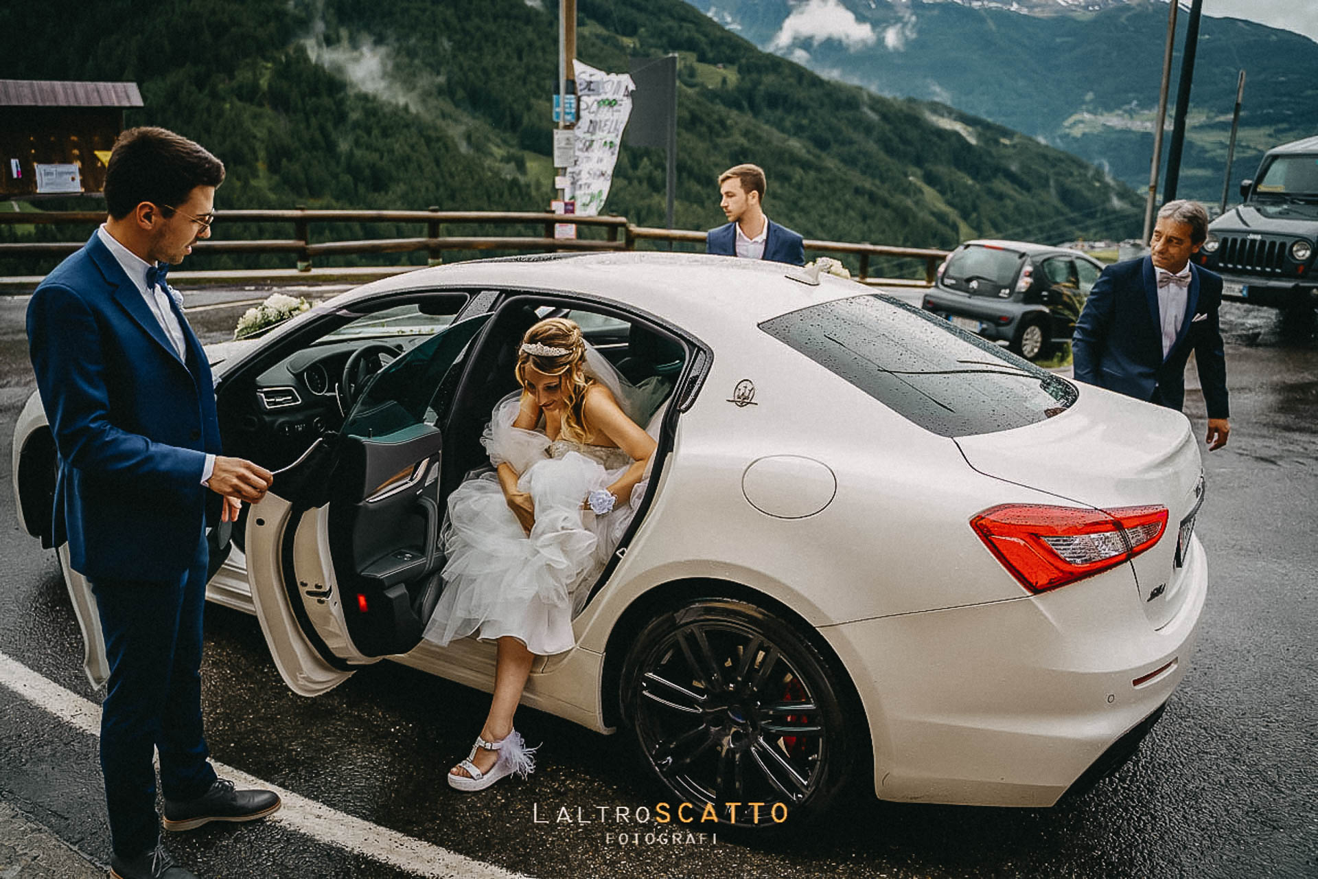 Come scegliere il giusto fotografo di matrimoni